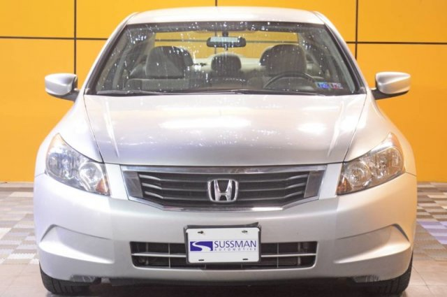Pre-Owned 2010 Honda Accord Sdn LX