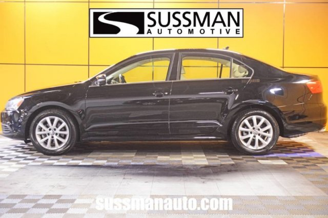 Pre-Owned 2014 Volkswagen Jetta Sedan SE